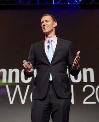 Erik Qualman speaking at conference