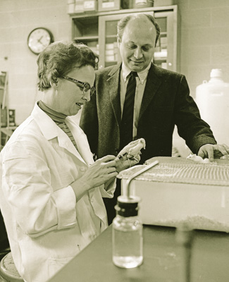 Barnett Rosenberg, Loretta Van Camp