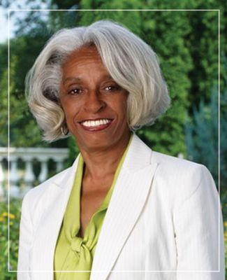 Headshot of Dr. Barbara Ross-Lee
