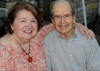 Angelos Vlahakis and his wife Betty