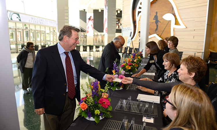 Faculty, Staff, and Retiree Donors register for the 2018 Thanks For Giving Luncheon