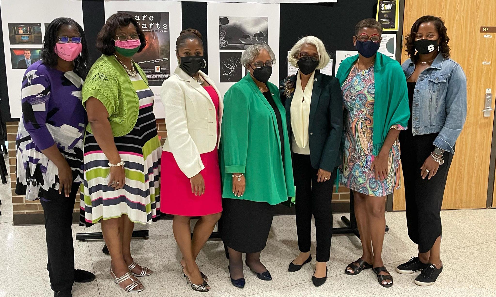 Dr. Barbara Ross-Lee alongside a group of women from MSU Black Alumni