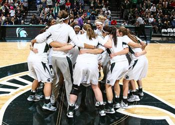 Spartan Women's Basketball huddle