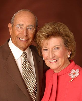 A formal portrait of Richard and Helen DeVos