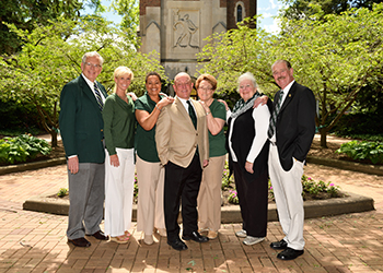 faculty, staff, retiree advisory cabinet in front of beaumont tower
